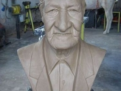 Busto Sr. Pardini