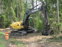 Triturador UMM/EX- 20 a 30 ton.