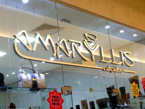 Amaryllis Calçados - Shopping Botucatu
