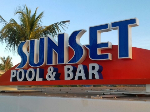 LETRA CAIXA - SUNSET BAR